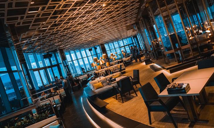 مطاعم قريبة من دبي اكواريوم