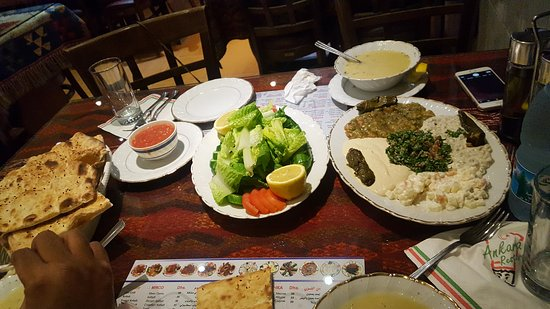 مطعم ممائيش MAMA'ESH