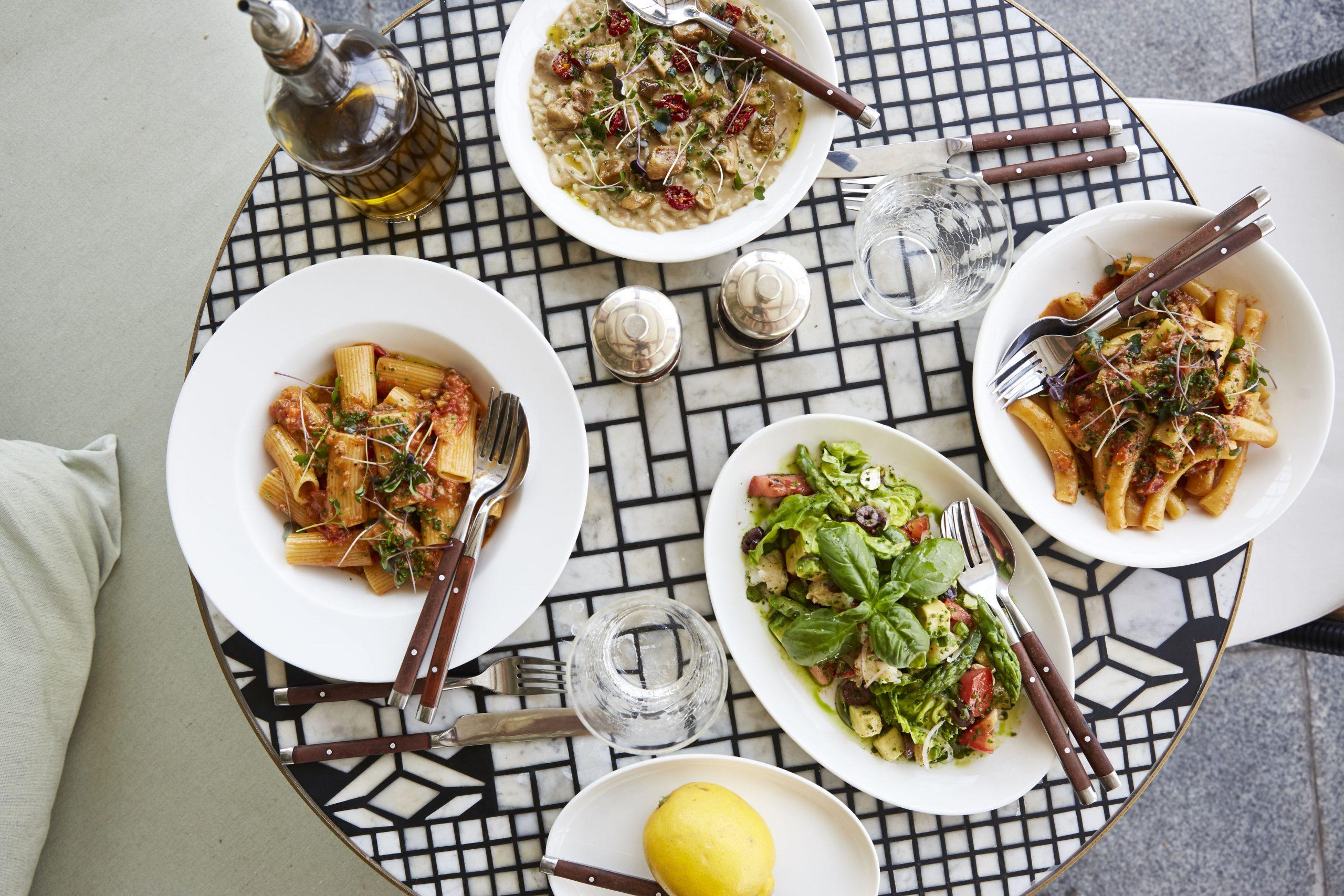 مطعم كارين-Carine Restaurant