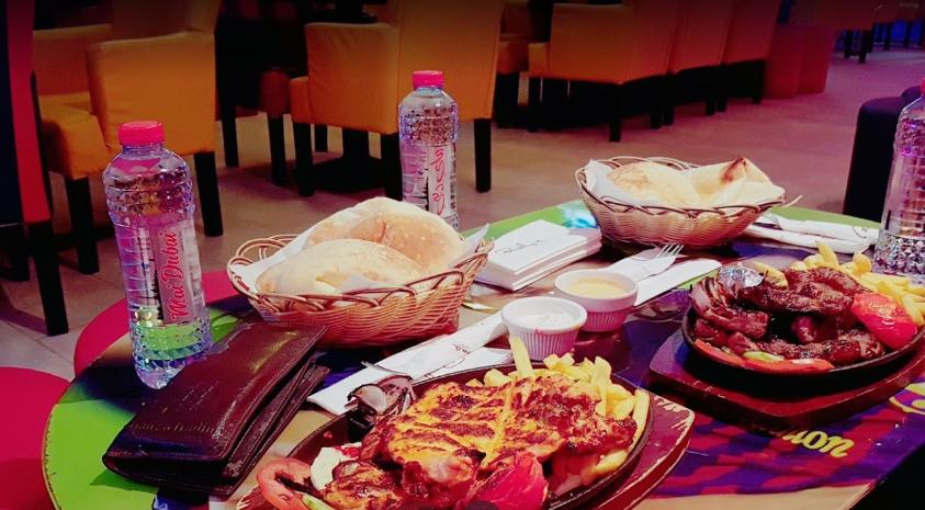 مطعم ومقهى فيلا برشلونه دبى