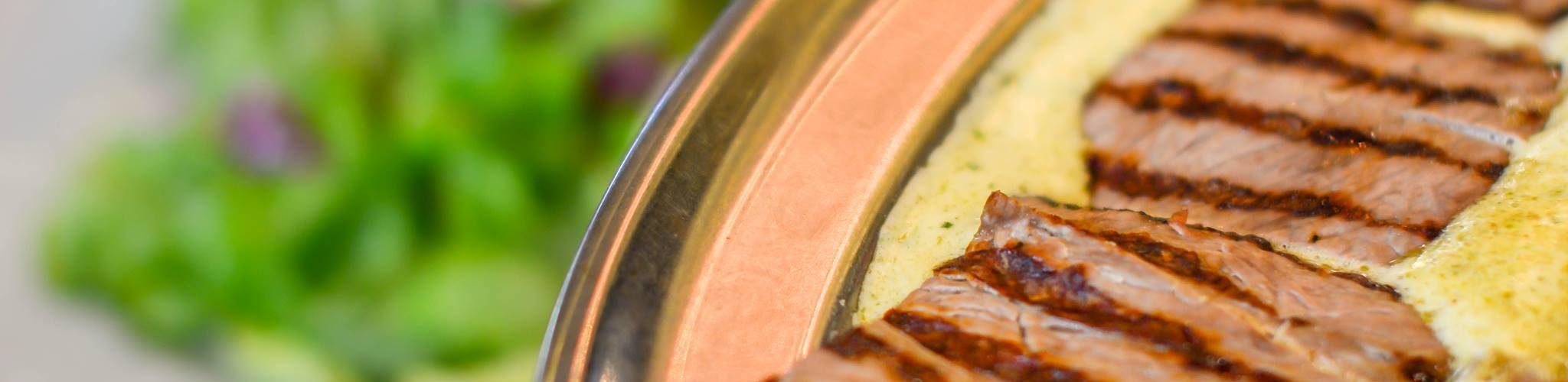 مطعم انتروكوت كافية دو باريس أبوظبي