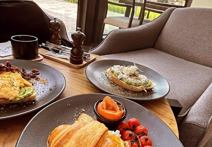 مقهى لوكس في دبي